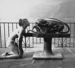 30 1969 Li mit Skulptur Biomechanoid